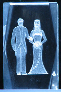 3-3d-laser-crystal-cube-bride-groom-7