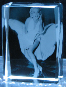 custom-color-crystal-cube-marilyn-monroe-11