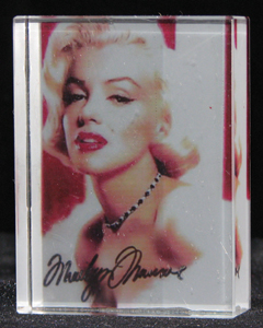 custom-color-crystal-cube-marilyn-monroe-9